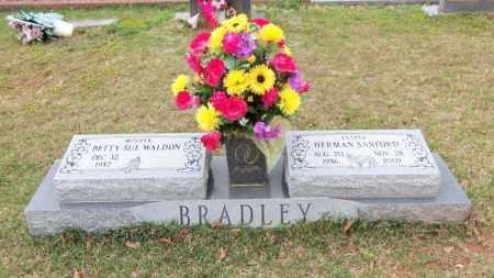 WALDON BRADLEY, BETTY SUE - Carroll County, Georgia | BETTY SUE WALDON BRADLEY - Georgia Gravestone Photos