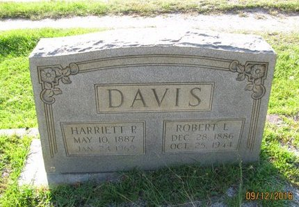 DAVIS, ROBERT L - Stephens County, Georgia | ROBERT L DAVIS - Georgia Gravestone Photos