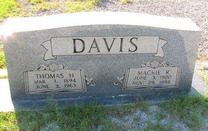 DAVIS, MACKIE R - Stephens County, Georgia | MACKIE R DAVIS - Georgia Gravestone Photos
